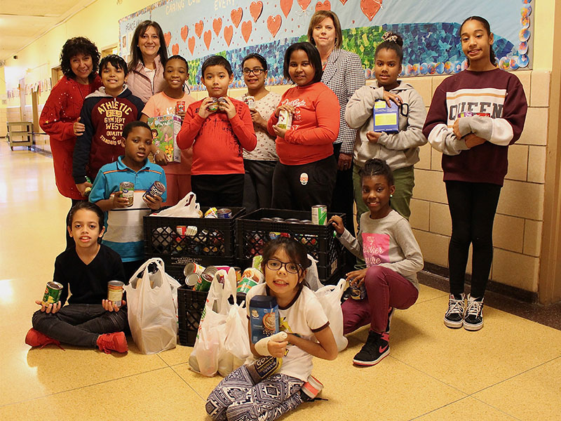 Students Donate 800 Food Items